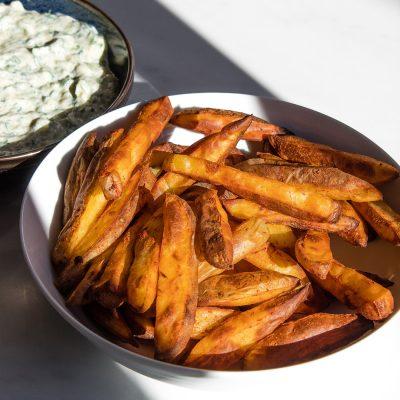 oil free crispy oven baked potato wedges