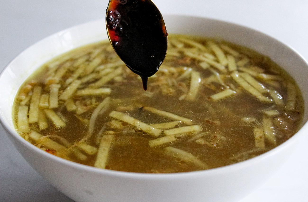 Vegan saoto soup
