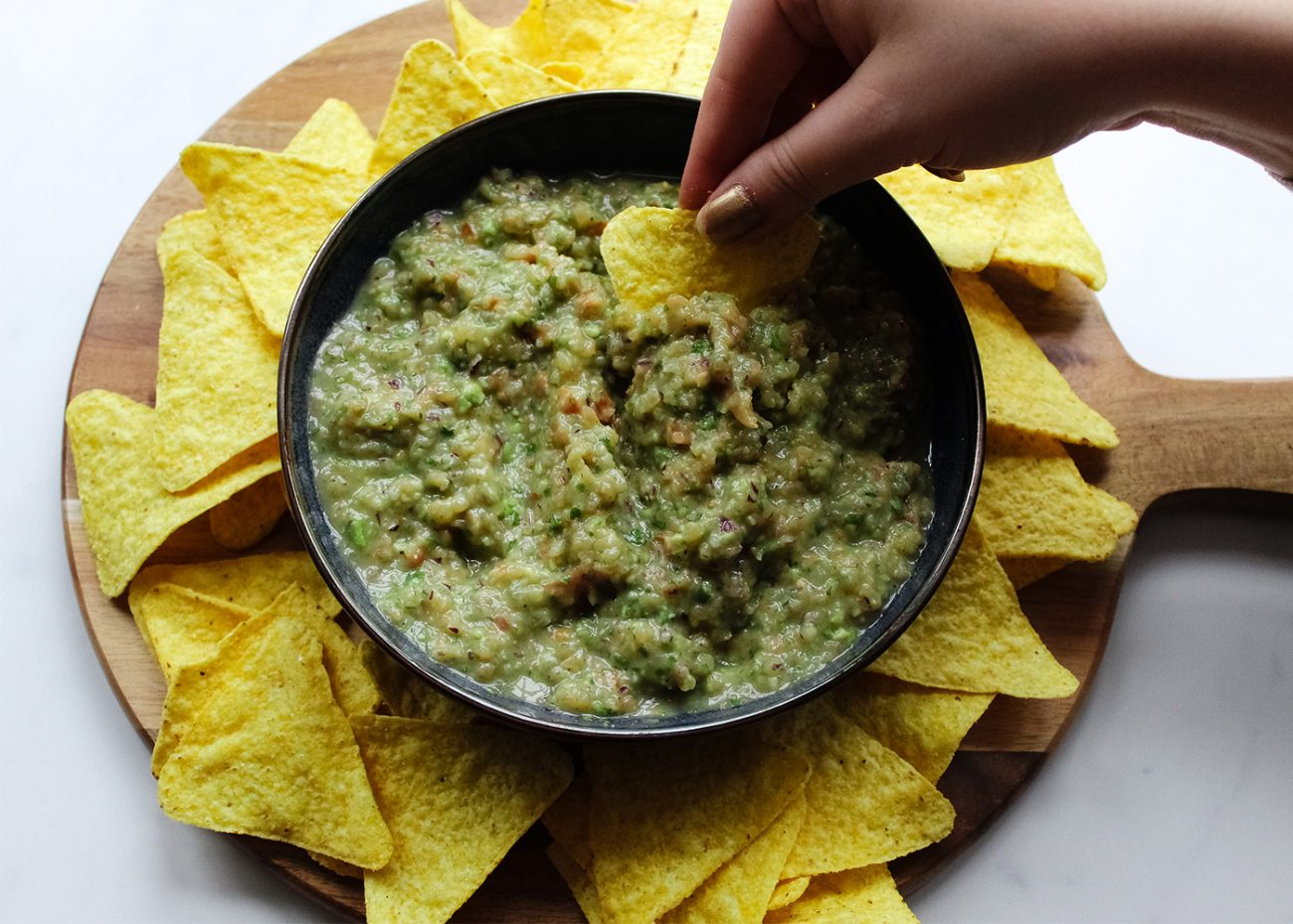 Easy vegan guacamole