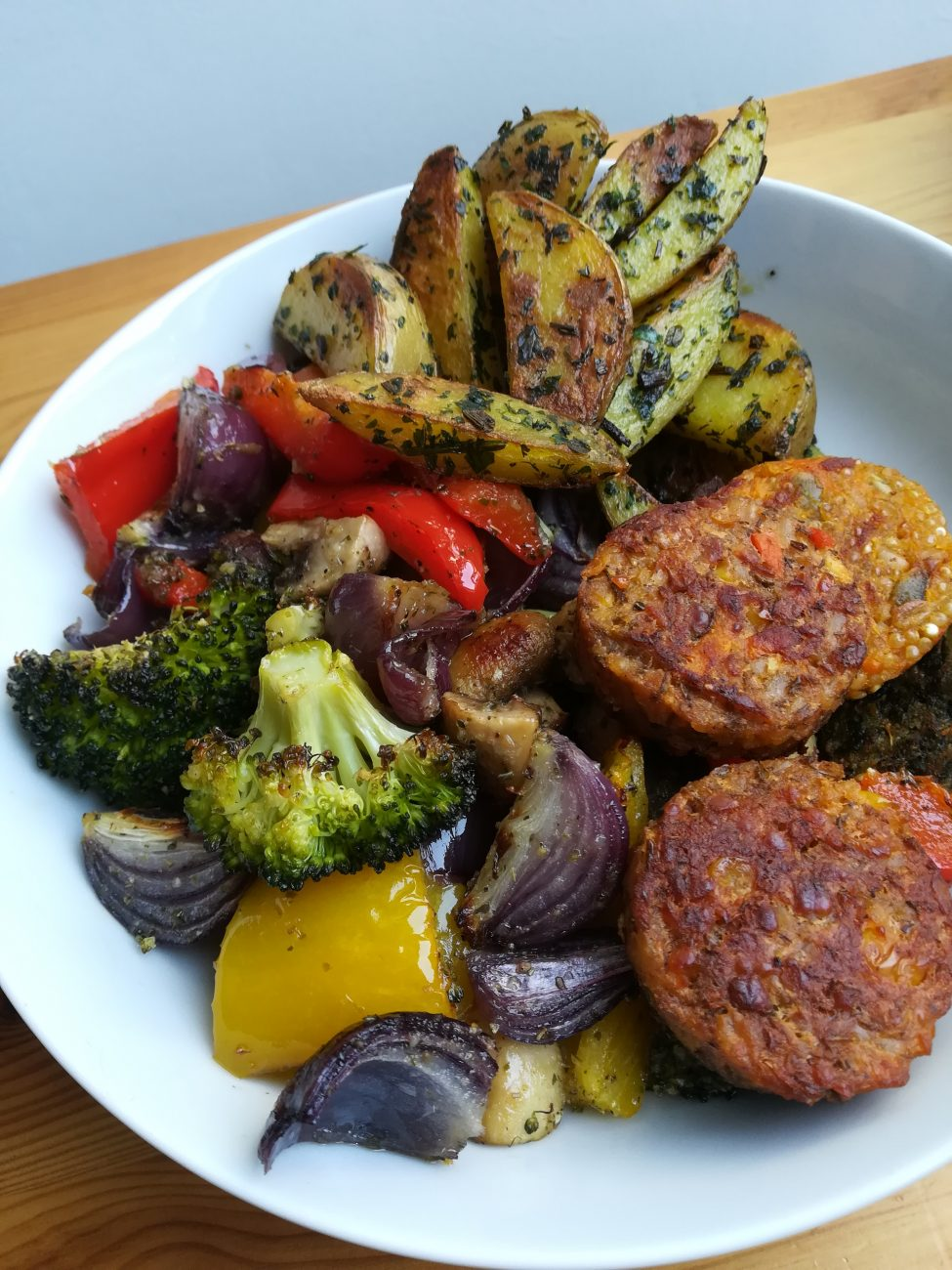 Roasted vegetables with potato wedges