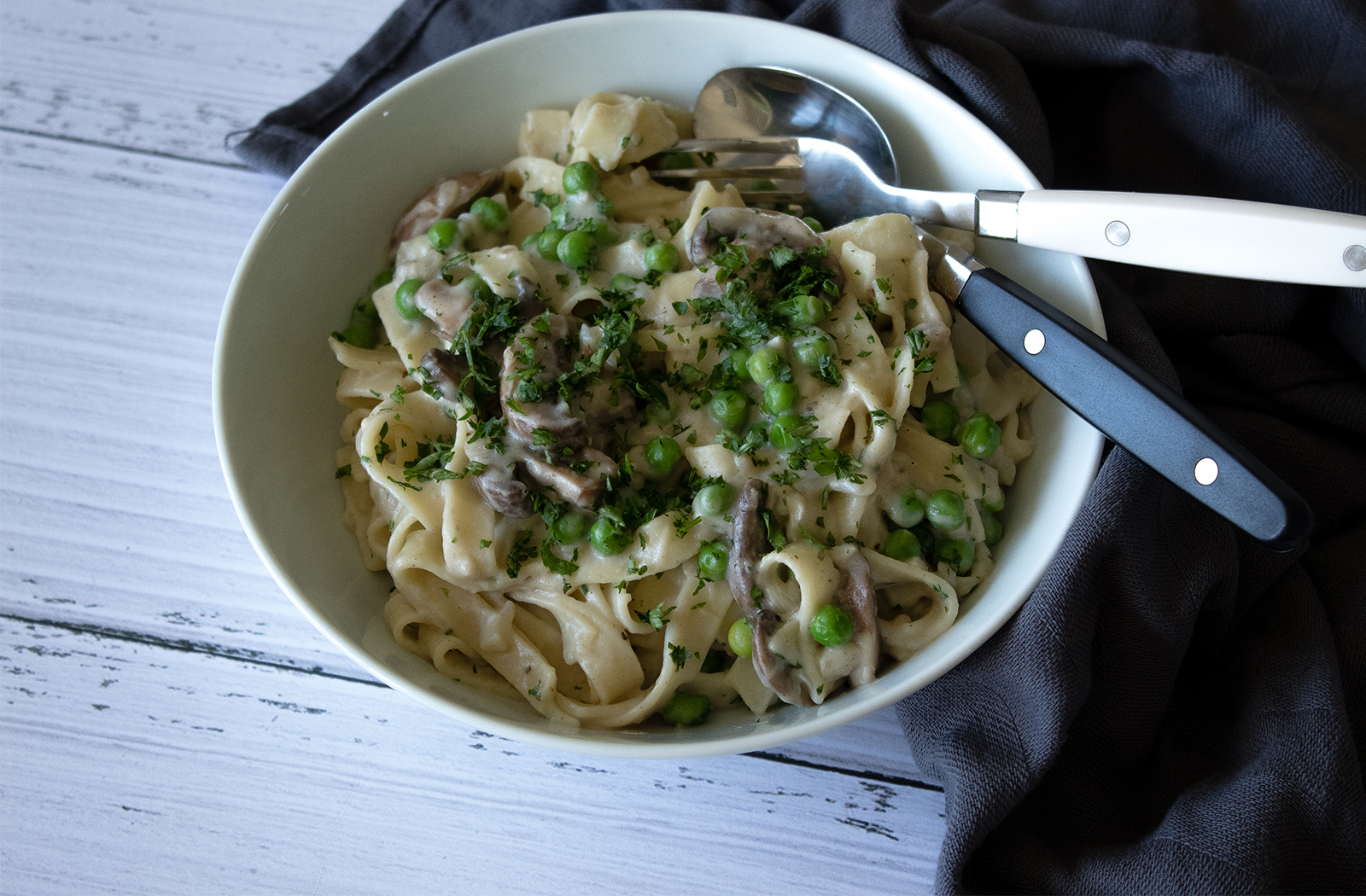 15 Minute Vegan Creamy Mushroom Pasta Eating Vegan With Me