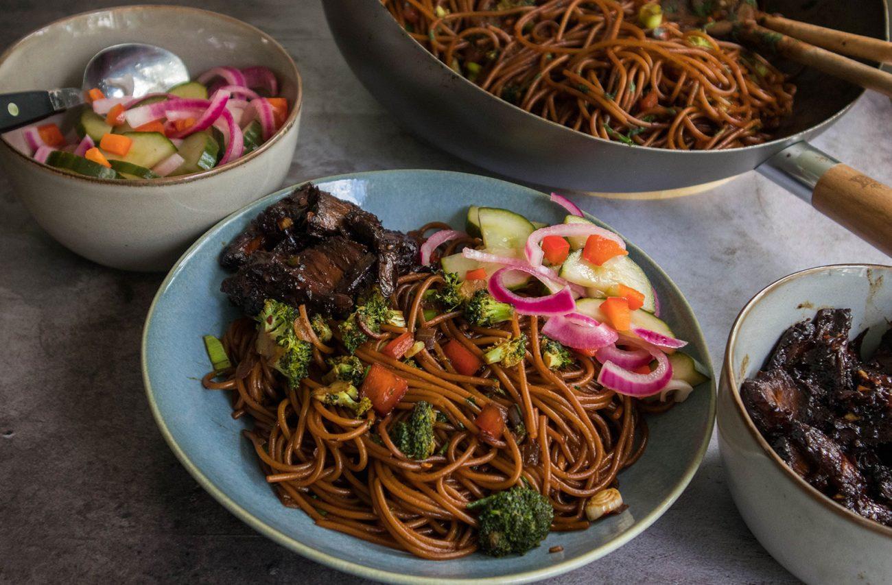 Vegan lo mein with marinated vegan chicken + pickled vegetables
